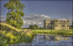 Lyveden New Bield, Northamptonshire (Darwinsgift) Tags: lyveden new bield northamptonshire national trust ruin elizabethan house gardens voigtlander 58mm f14 nokton slii hdr photomatix photoshop ngc
