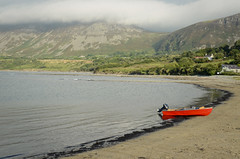 Wales - Trefor (Agnieszka Eile) Tags: uk wales trefor beach boat