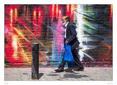 IMGP1411-1 (sdc_foto) Tags: sdcfoto street streetphotography color pentax pentaxart streetart man walking red blue bag nigth paintig light