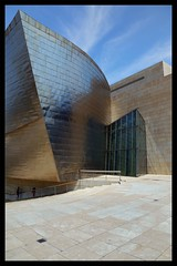 Guggy (King'76) Tags: bilbao spain guggenheim king76 canoneos6d