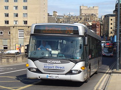 Centrebus 780 YN03UVS (Will Swain) Tags: uk england bus buses bradford heathrow yorkshire 2010 menzies h07 780 centrebus yn03uvs