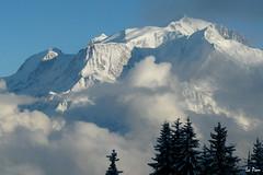 Panorama sur le Mont Blanc (La Pom ) Tags: panorama alpes de soleil savoie mont blanc haute portes aravis combloux 4810 christomet