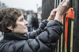 Witness Against Torture: Alice Ties a Ribbon