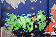 Streetart / Strassenkunst / Graffitti. (fipixx) Tags: life city streetart colour detail building art painting graffiti design exterior outdoor kunst kultur citylife culture scene graffity worlds graffitti leisure society farbe gebude fassade stadtleben gesellschaft szene strassenkunst gemlde objekt lebenswelten