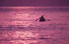 It's time to go back. (vieira.de.carvalho) Tags: sunset sea pentax takumar kodak agfa ektachrome oldpicture duoscan