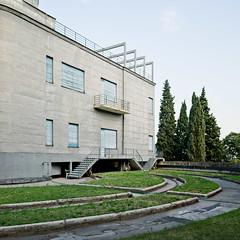 Villa Girasole no. 16 (samuel ludwig) Tags: italy nikon verona d200 angelo invernizzi sunflowerhouse villagirasole 24mmpce