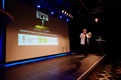 "5. Science Slam Erlangen • <a style=""font-size:0.8em;"" href=""http://www.flickr.com/photos/125048265@N03/28173634283/"" target=""_blank"">View on Flickr</a>"