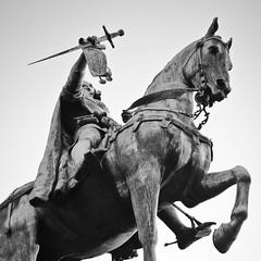 Etienne Marcel - Htel de ville de Paris (Remy Carteret) Tags: blackandwhite bw white paris statue canon square cheval eos blackwhite noir hoteldeville noiretblanc nb squareformat mk2 5d canon5d mkii markii mark2 etiennemarcel hoteldevilledeparis questre mairiedeparis equestre statuequestre blancblack statueequestre canoneos5dmarkii 5dmarkii canon5dmark2 5dmark2 canon5dmarkii canoneos5dmark2 remycarteret rmycarteret prvtdesmarchandsdeparis prvtdesmarchands prevotdesmarchands