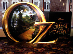 OZ the Great and Powerful Poster AD 7590 (Brechtbug) Tags: street new york city nyc portrait woman plant green lady movie poster frank star theater with theatre action oz wizard secret great disney billboard lobby l agent amc powerful baum 34th 2012 standee 12142012