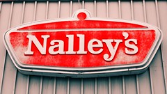 Remembering Nalley's () Tags: chile city red urban usa sign america grit lost foods photo washington industrial state northwest image jobs district united picture gritty chips photograph production products tacoma states cans economy recession nalleyvalley nalleys