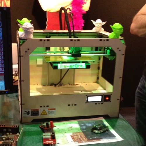 Makerbot 3D printer by rdmarsh, on Flickr
