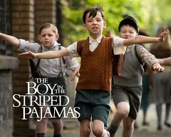 Asa_Butterfield_in_The_Boy_in_the_Striped_Pyjamas_Wallpaper_3_800