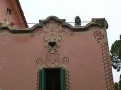 Barcelone - Parc Güell - Casa-Museu Gaudi (larsen & co) Tags: barcelona spain gaudi espagne barcelone modernisme parcgüell antonigaudi trencadis