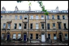 The home of Jane Austen (DameBoudicca) Tags: door greatbritain inglaterra england house window ventana casa bath britain fenster haus finestra porta angleterre georgian porte maison fentre tr janeausten hus inghilterra drr fnster grossbritanien sydneyplace storbritannien 4sydneyplace