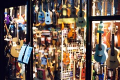 Ukulele (麥斯咖樂) Tags: nikon ukulele fm