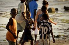 Kenya - Del Piero (adriano1281) Tags: africa sea wild sky people sun white black beach nature smile boat reflex nikon mare colours child kenya bambini natura sole colori spiaggia bambino selvaggia d7000
