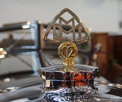 1933 Maybach DS8 Zeppelin (Ton Smilde) Tags: hoodornaments hoodornament maybach carmascot 1933maybach
