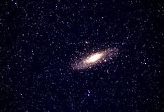 Andromeda (Mat Viv) Tags: canon canon760d canont6s 760d t6s canoneos760d canoneost6s canonlens canonusm zoom telephoto stars night nightsky nightphotography nightshot longexposure stacked tracked vixenpolarie travel italy tuscany galaxy astronomy andromeda m31 space universe deepsky outdoors