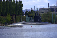 USS Blueback SS-581 (swong95765) Tags: submarine barbelclass navy portland docked moored decommissioned 581 ussblueback