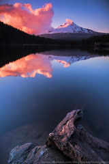 Trillium Lake (Abhijit Sarkar Photography) Tags: clouds columbiarivergorge mounthood oregon reflection sunset trilliumlake
