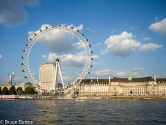140730 London-01.jpg (Bruce Batten) Tags: vehicles aircraft england plants subjects cloudssky atmosphericphenomena boats businessresearchtrips trees locations trips occasions rivers urbanscenery buildings aquariums airplanes london unitedkingdom gb