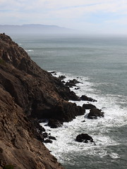 foam + fog (1600 Squirrels) Tags: 1600squirrels photo 5dii lenstagged canon70200f28isii landscape coast pacific ocean surf fog pointreyeslighthouse pointreyes marincounty northbay sfbayarea nocal california usa