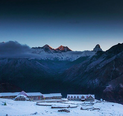 What do you think of my the place?               - - - - - - - - #dktm #nepal #khumbu #nepaliloveyou #himalayas #kongde #earthofficial #explore #wanderout #earthfocus #mountains #snow #dawn #liveintrepid #amadablam #sunrise #everest