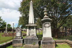 IMG_1491 (Equina27) Tags: al alabama cemetery gravestone tombstone marble obelisk urn