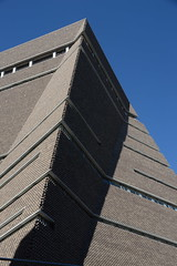 new geometries (UnprobableView) Tags: manuelmiragodinho london londres londra tatemodern herzogdemeuron architects arquitetos architecture tower
