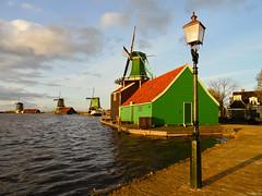 Windmills at the Zaanse Schans, the Netherlands (Frans.Sellies) Tags: holland mill netherlands windmill clouds day cloudy nederland thenetherlands sunny windmills mills molen zaanseschans zaandam sam1372