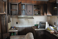the drunk kitchen @ drunk person trailer (Aces & Eights Photography) Tags: abandoned decay abandonment ruraldecay abandonedtrailer trailertrashing