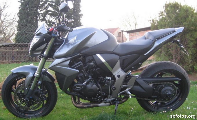 Honda CB 1000R Chumbo