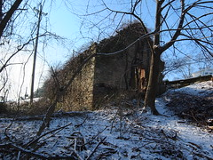 Gunpowder magazine ruins, Havertown, Pennsylvania (bugeyed) Tags: abandoned architecture pennsylvania havertown