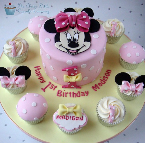 Minnie Mouse 1st Birthday Cake With Cupcakes Minnie Mouse 1st Birthday Cake
