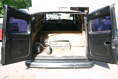 "1964 Chevy Suburban • <a style=""font-size:0.8em;"" href=""http://www.flickr.com/photos/85572005@N00/8410405875/"" target=""_blank"">View on Flickr</a>"