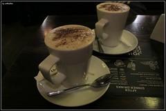 Hot Choc & Baileys (mefeather) Tags: city uk london cafe pub unitedkingdom hotchocolate stad londen greatbrittain warmechocolademelk grootbrittanni verenigdkoninkrijk hotchocolatewithbaileys warmechocolademelkmetbaileys