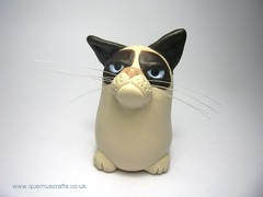 Quernus Grumpy Cat (Quernus Crafts) Tags: cute polymerclay grumpycat quernuscrafts tardarsauce