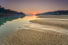 Playa de La Arena (alfredo lopez de arbina) Tags: costa la playa arena amanecer isla cantabria cantabrico