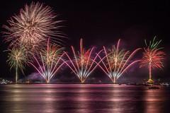 Grmitz - Ostsee in Flammen (LB-fotos) Tags: feuerwerk ostsee baltic sea night fireworks germany deutschland coast kste nachts lichter lights colorful ocean meer grmitz flammen