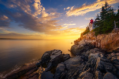15th Hour Payoff (Frankie Kenneth) Tags: ngc acadianationalpark sunse goldenhour gold rocks lighthouses ruggedcoast mainecoast bassharbor clouds dramatic foregrounddrama warmlight iconicplaces nationalparktraveller nationalparks acadia nikon nikkor 1424 f28