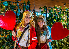 Hearts, Hearts, Hearts! (Javlamusik) Tags: hearts heart comic con comicon 2016 girls women young colors colours colour color people human humans cosplay