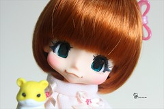 Sukie wishes... (AninhaDias) Tags: cute japan mouth japanese duck doll juice size tiny bjd resin resina boneca kiki sukie mueca poupe kinoko yosd