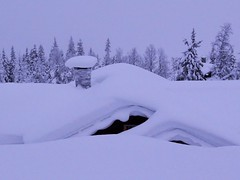 Heavy snow