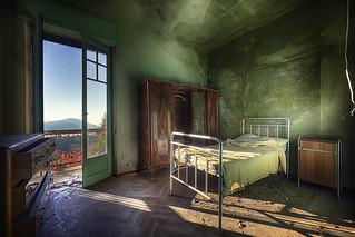 Mountain View Bedroom