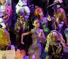 """""""Teddy want to dance too"""" (MiskatonicNick) Tags: party doll dolls 16 diorama mrbean sixthscale toyville poppyparker"""