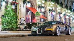 Veyron by Night (haiwepa) Tags: plaza paris night nightshot bugatti nuit veyron athne eb164