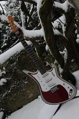 Teisco Spectrocaster Snow 02 j (milenko_bradanov) Tags: snow spectrum neige teisco spectrocaster