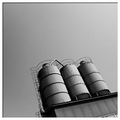 the three. #iphone #dailypicture #industrie #bw (Heinz Fischer) Tags: bw square squareformat dailypicture heinz fischer iphone iphoneography instagramapp