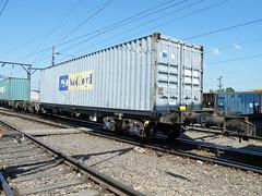 608082 Crewe Basford Hall 260512 (Dan86401) Tags: wagon flat container fl outer freight modal fsa freightliner 608 intermodal ponedlloyd crewebasfordhall 4k51 608082