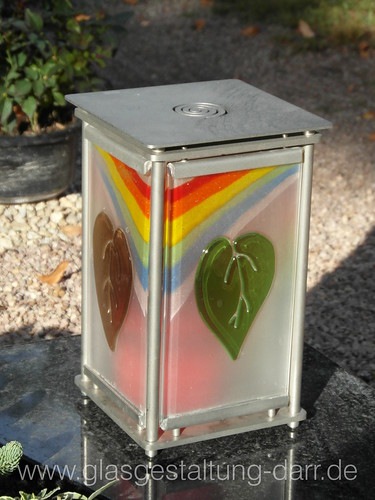 """Grablicht / Votive candle • <a style=""""font-size:0.8em;"""" href=""""http://www.flickr.com/photos/65488422@N04/8431596714/"""" target=""""_blank"""">View on Flickr</a>"""